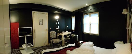 Hotel du Petit Moulin : .
