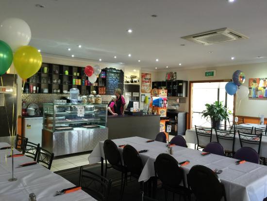 Queensland National Hotel: Restaurant