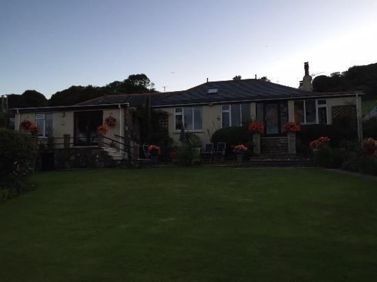 Linger Lodge: photo7.jpg