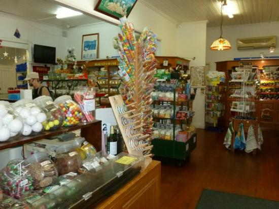 Granny Macs Fudge Store: Meals and delights to fill you up and satisfy your palate