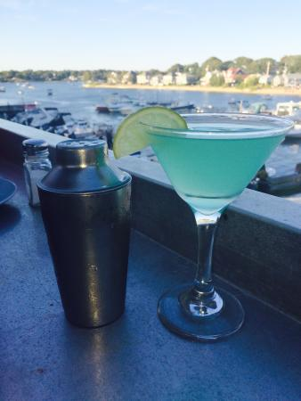 The Stonebridge Bar and Grill: Not only was dinner delish, I had one of the best martinis ever!!  Great view great service grea
