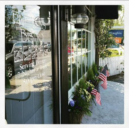 Osterville, MA: Five Bays Bistro Memorial Day