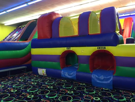 Inflatable fun factory birthday parties