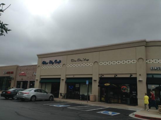Blue Sky Cafe: Exterior