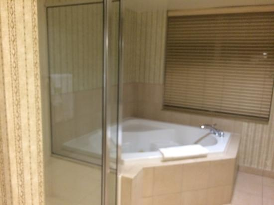 Whirlpool King Suite Picture Of Hilton Garden Inn Syracuse