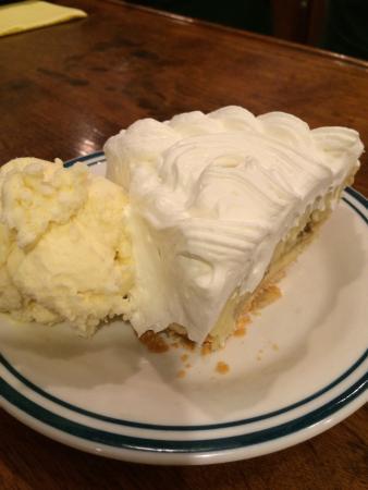 Aroma Pie Shoppe: photo1.jpg