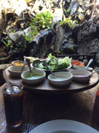 Tapanco: Individual salad bar & fountain...