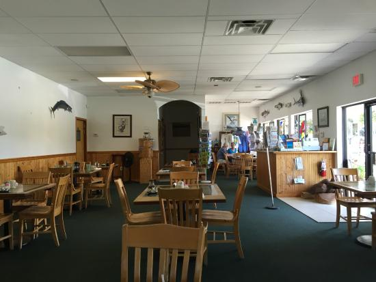 Long Point Cafe: Long Point Café, 100 Long Point Road, Melbourne Beach, Florida