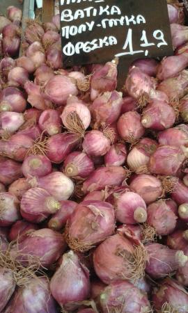 Giouvetsakia & Biological Food: Κρεμύδια Βατικιώτικα.