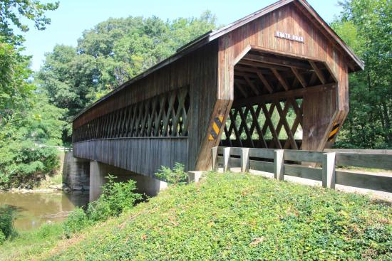 Conneaut, OH: State Road Covered Bridge