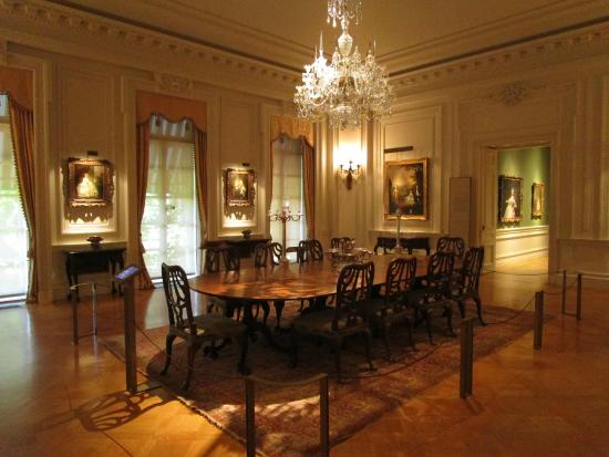 The Huntington Library Art Collections And Botanical Gardens Dining Room Gallery