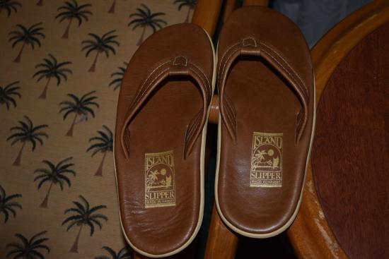 Island Slipper (Honolulu) - TripAdvisor: Read Reviews ...