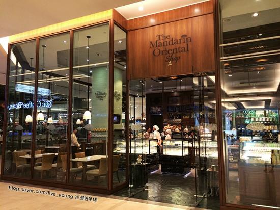 만다린오리엔탈샵 매장입구 Picture Of The Mandarin Oriental Shop