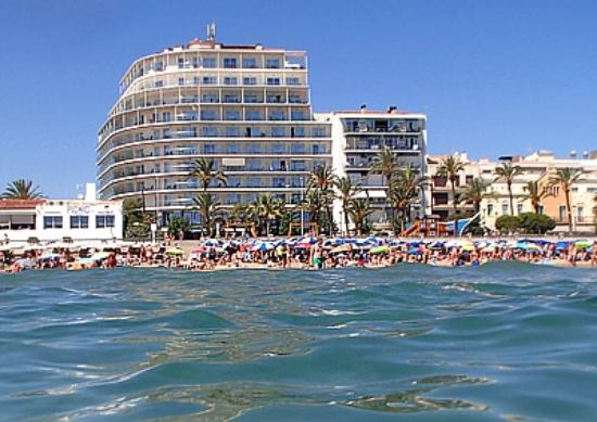 Hotel Calipolis: View of hotel (taller one) from water!