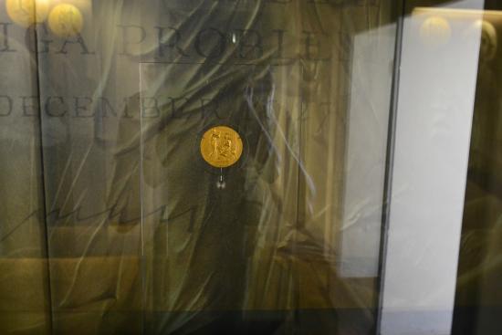 Museo Deleddiano - Casa natale di Grazia Deledda: Медаль