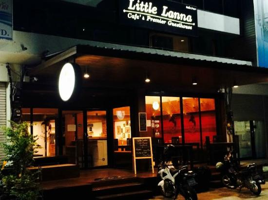Little Lanna Cafe & Premier Guesthouse