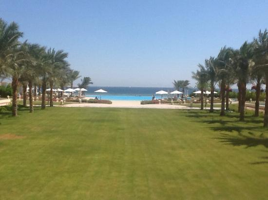 Baron Palace Sahl Hasheesh Photo