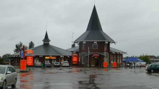 Santa Claus Village: Entrance to the village