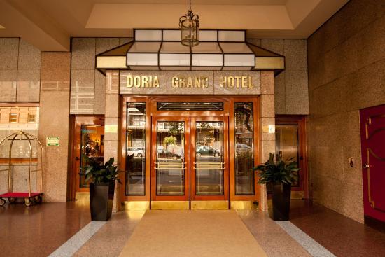 ADI Doria Grand Hotel: Entrace