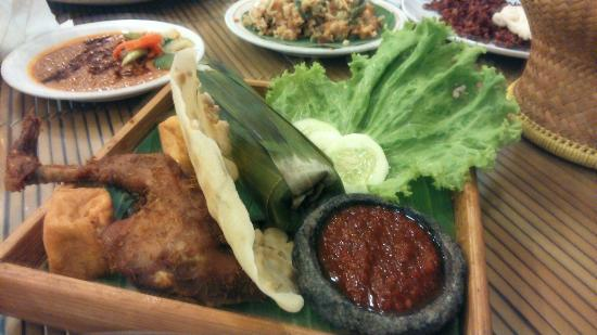 Sindang Reret Hotel and Restaurant
