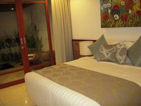Smart Comfort: Bedroom