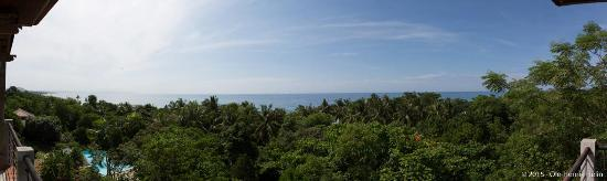 Amarela Resort: Panoramic view from our room, 401