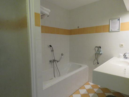 Wyspa Terschelling, Holandia: 4 persoons appartement - Badkamer