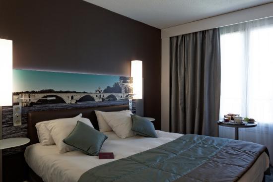 chambre standard photo de mercure pont d 39 avignon centre avignon tripadvisor. Black Bedroom Furniture Sets. Home Design Ideas