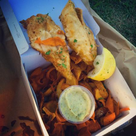 Fishmongers Cafe : the basic fish n chips