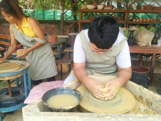 Angkor Pottery Center: Great For Kids!