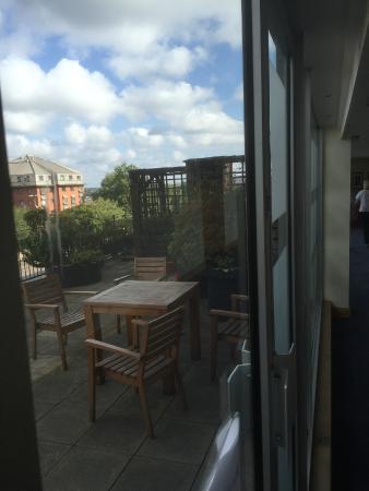 The Royal Angus Hotel: Terrace