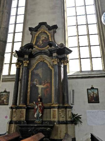 Brno, Tsjechië: Side Alter