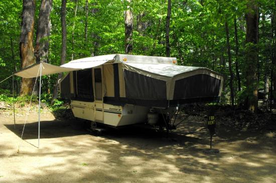 Ossipee, NH: Popup Camper