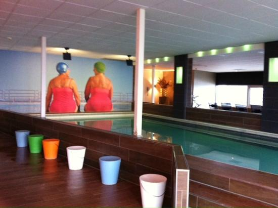 Zwembad H2O-club. - Picture of Inntel Hotels Rotterdam Centre ...