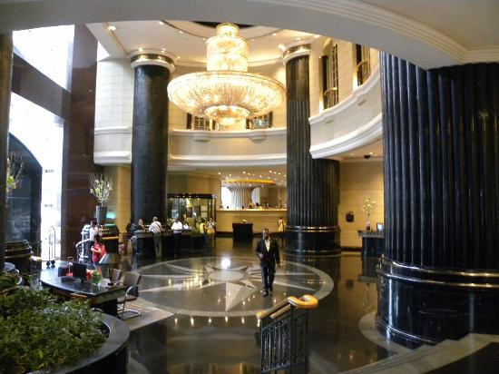 Renaissance Kuala Lumpur Hotel Lobby