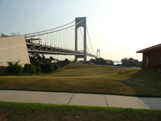 Navy Lodge New York : Verrazano Bridge from Fort Wadsworth