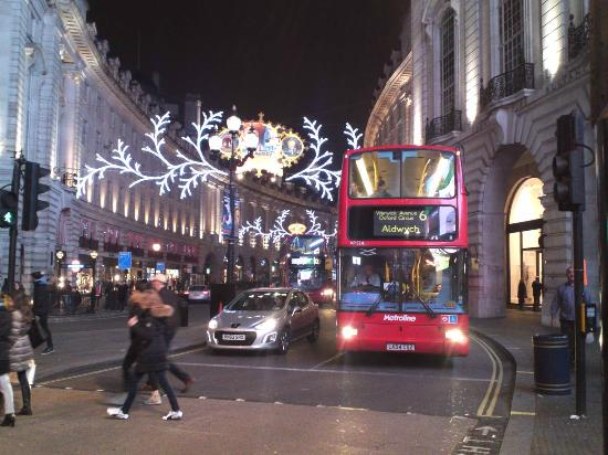 Love London Taxi Tours: クリスマスのロンドン