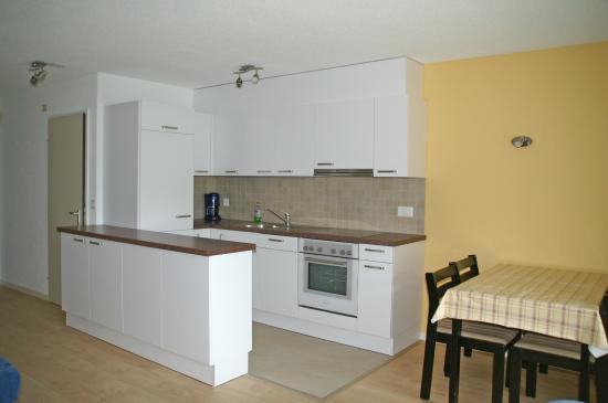 Haus Majesta: Küche Essbereich 1 Zimmerwohnung