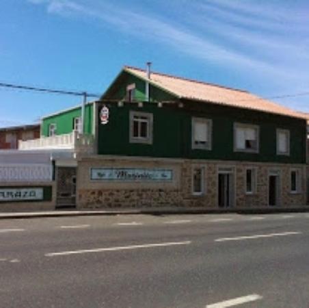 Naron, إسبانيا: Fachada Local