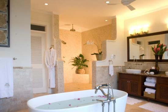 Tryall Club: Master Suite bathroom at Harmony Hill