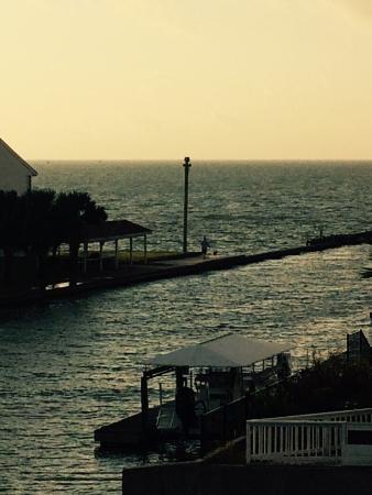 Kontiki Beach Resort: photo1.jpg