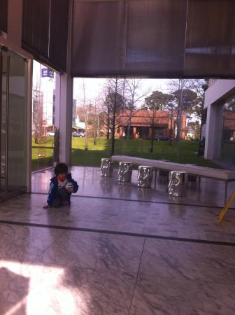 Yoo Punta Del Este: Lobby do hotel