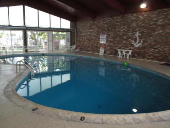 Courtyard Resort: swining pool