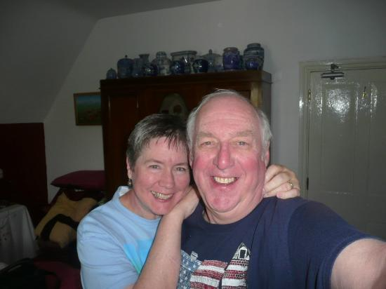 Belmont Guest House: Janie & Ken in our lovely room