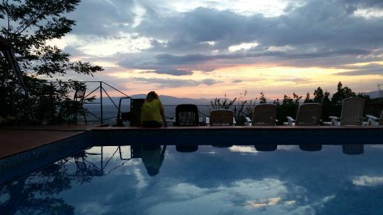 Hotel Bellavista: Tramonto dalla piscina