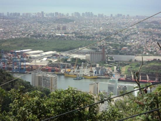Fonte Grande Park : Continuação da vista, indo pela trilha do mirante, muito linda minha cidade
