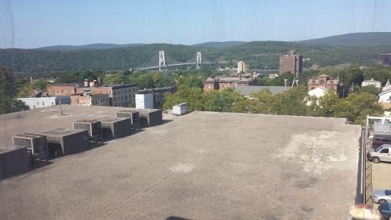 Poughkeepsie Grand Hotel: Hudson River View