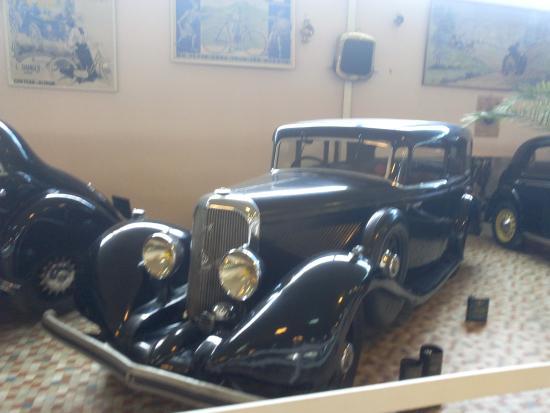 voiture ancienne photo de mus e automobile de vend e talmont saint hilaire tripadvisor. Black Bedroom Furniture Sets. Home Design Ideas