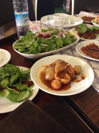 Lalezar Restaurant Cafe
