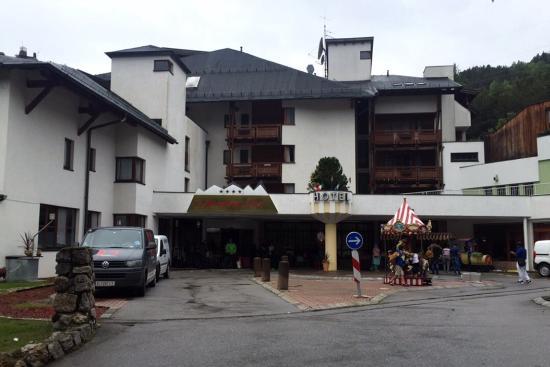 Alpenkönig Tirol Hotel: photo0.jpg